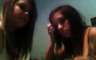 Horniest Amateur short haired brunette Teen bates on Webcam