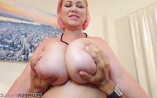 Camerman's Penis - Samantha 38g - Chubby milf