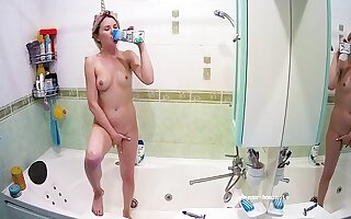 Low-spirited Naked Unicorn Girl Bathes Milk & Wash Inocente Body - Bianca Jordan