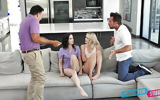 Kinky daughter vacillate turn into with Kenna James, Jenna Ross and their horny stepdads
