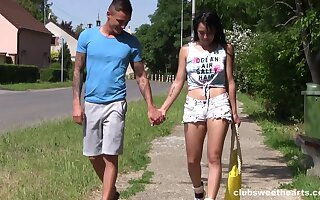 Dude apropos all directions a long dick fucks his girlfriend apropos outdoors. HD