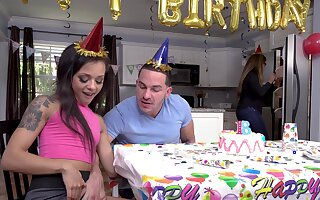 Holly Hendrix celebrates a Herculean birthday with a hot mad about