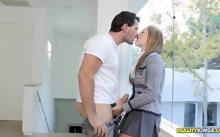 A young teen, Casana Lei, agrees to learn the elements of a blow job