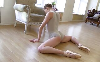 My flexible GF is one nasty ballerina and she's got a great natural body