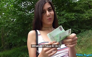 POV passion with a sexy amateur wow loves fucking for finances